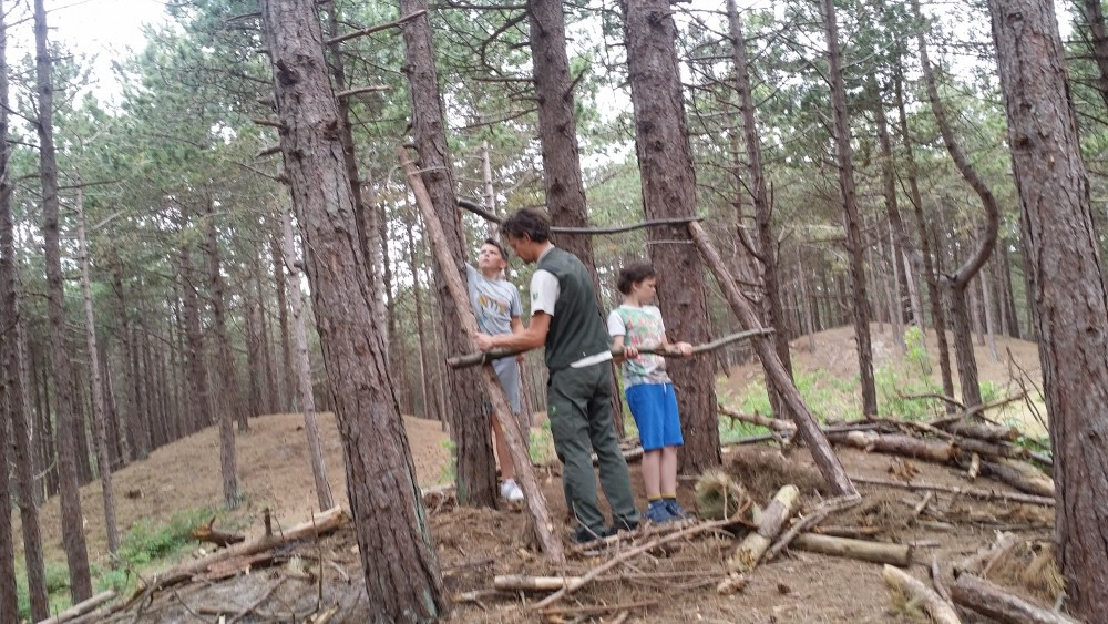 Genoeg Hutten bouwen groep 7 en 8 | OBS Prinses Margrietschool Terschelling SI68